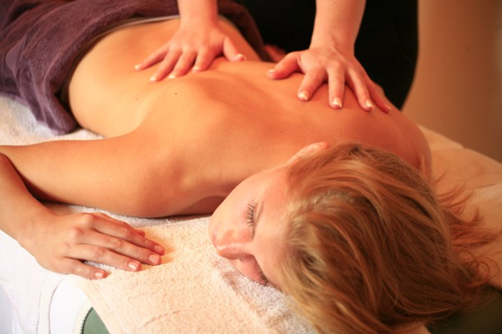 http://melsbbandm.com.au/beautyandmassage/